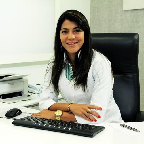 Dra. Francine Freitas